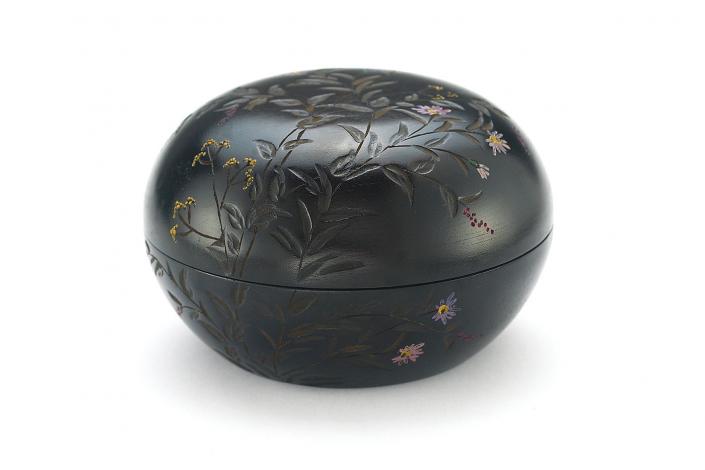 川添日記 草木彫の菓子器ボンボン